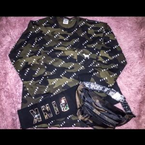 PINK Camouflage Tee, Bling Leggings and Pouch